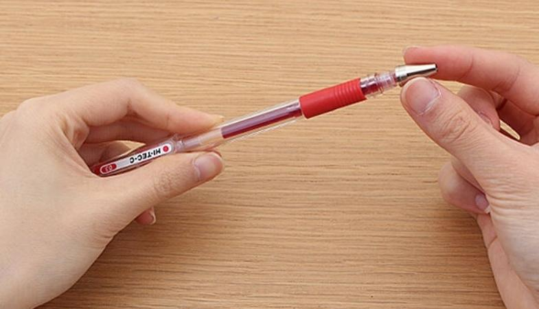 Unscrew top of the pen